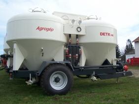 5-detk-146-traktorvontatasu-takarmanyszallito-tartalykocsik-th-4